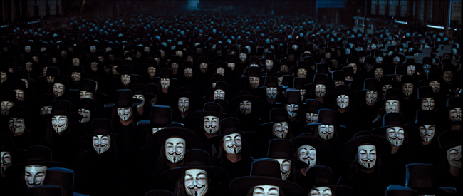 v-for-vendetta-final-scene.jpg.98faef61873eedae44b49e05d90f53b3.jpg